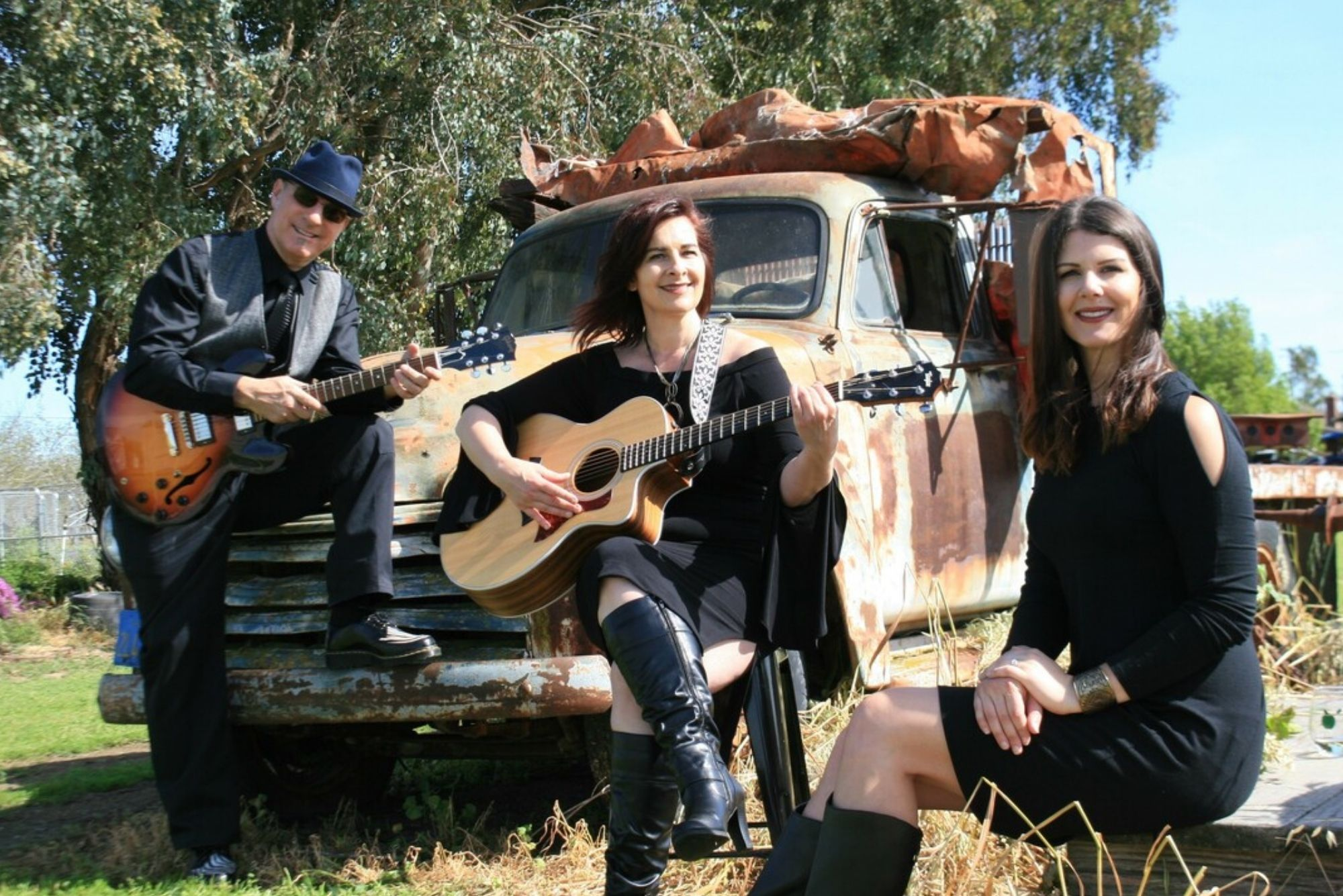Fish N Chicks Band Performing at Viaggio Winery