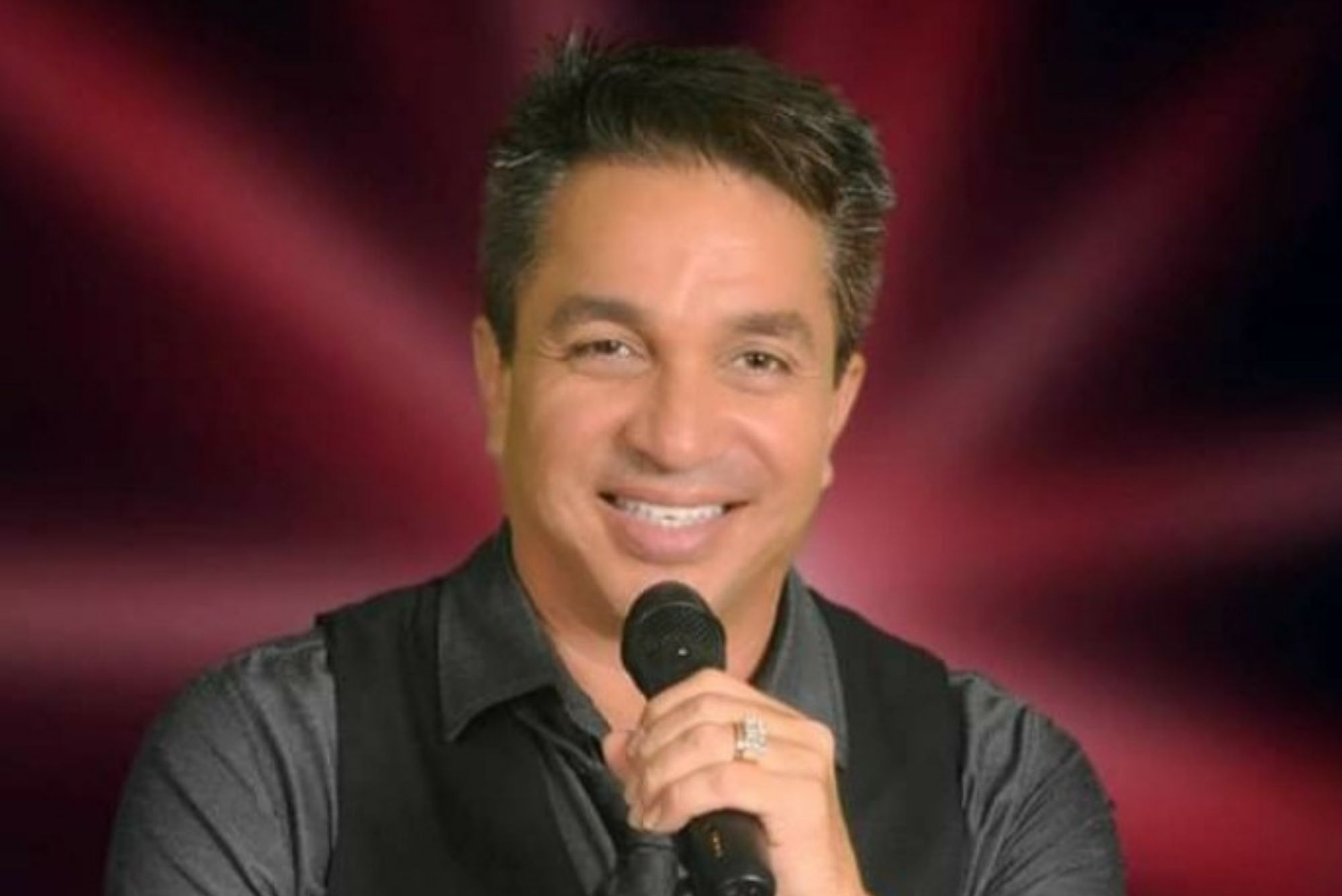Bill Ramirez performing live at Viaggio Winery